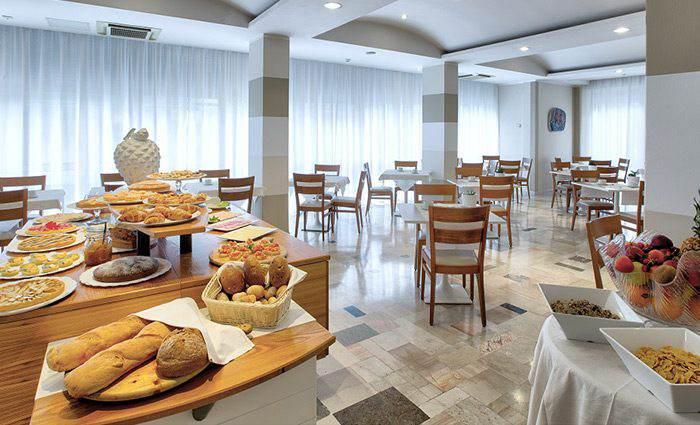 Hotel con colazione a buffet